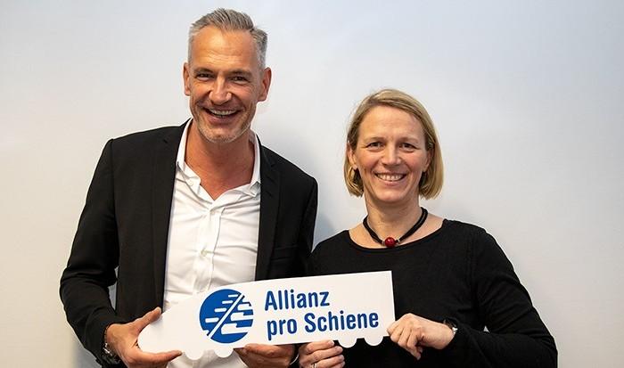 """Lars Jacob und Sabine Vogt als Sprecher des Netzwerks """"Personalmarketing, Recruiting & SchienenJobs"""""""