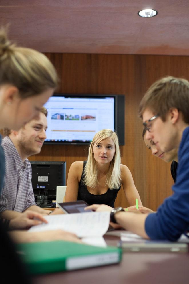 Technische Hochschule Wildau, kleine Studiengruppe