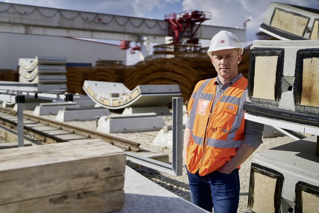 Ingenieur mit Warnweste, Deutsche Bahn
