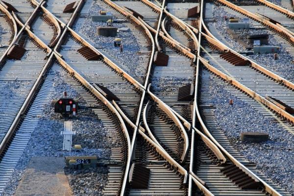 DB7960-Weichen-und-Gleisverbindungen-im-Nuernberger-Rbf